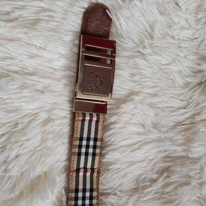 Authentic Burberry belt  120/48